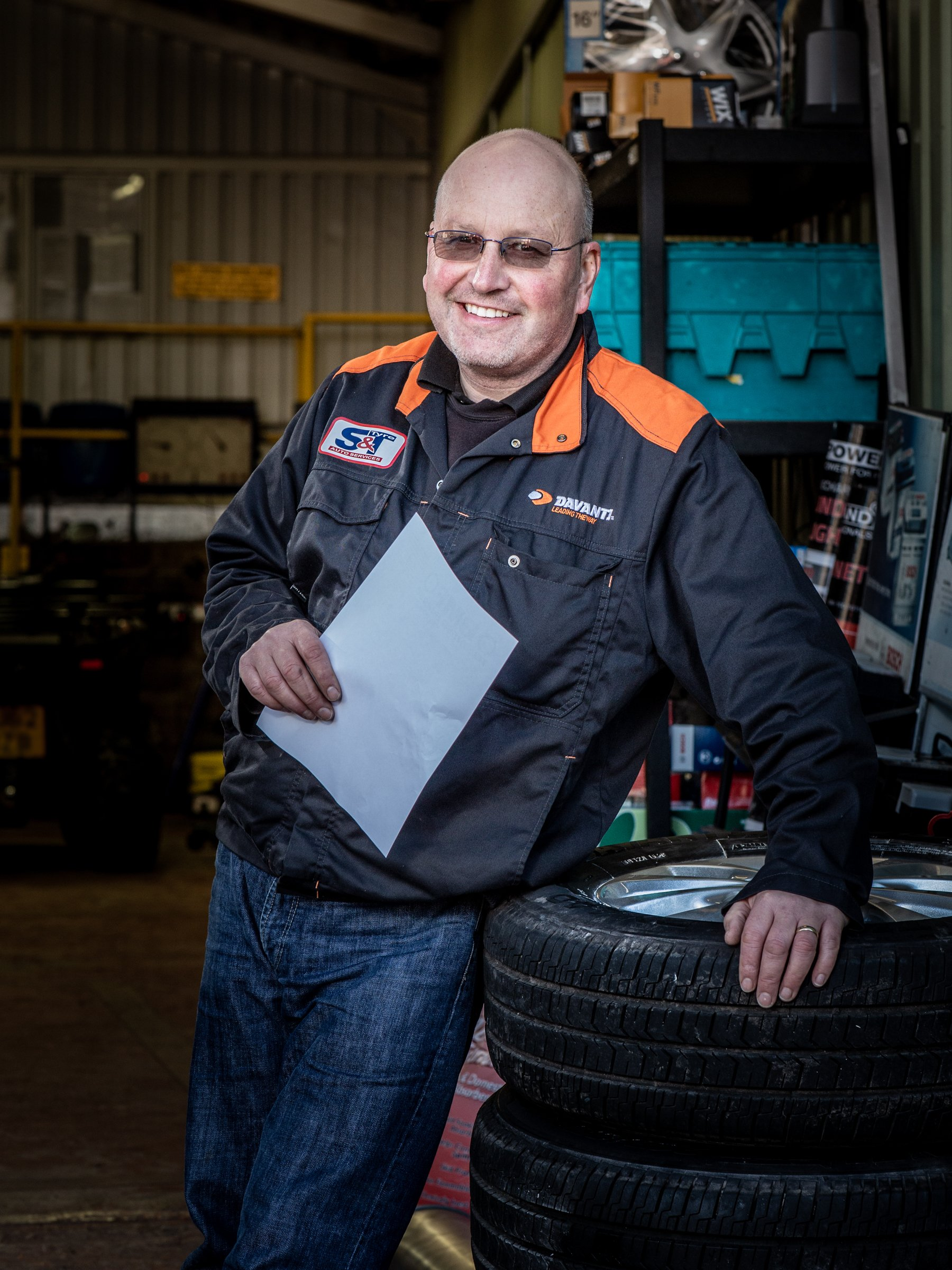 S&T Tyres of Pencoed, by Andrew Davis Photography